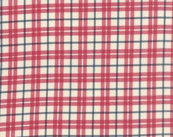 End of Bolt 1.5 Yards - Moda - Varsity Tailgate Vanilla 5598 11 by Sweetwater