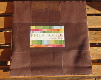 Bella Solids Junior Layer Cake - Moda 9900JLC-71 -  20 pieces Brown