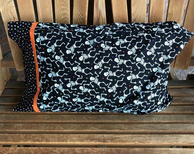 Featured listing image: Pillowcase - Halloween Themed Pillowcase/Glow In The Dark Fabric - Skeletons