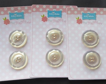 """Riley Blake Sew Together 1.5"""" Round Pearl Buttons - Cream"""