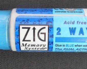 Zig 2 - way blue pen Chisel Tip
