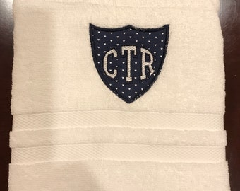 CTR Towel - Navy With White Hearts