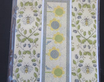 Home to Nest Table Runner Applique Pattern - Coach House Designs