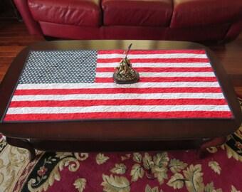 American Flag Tablerunner.