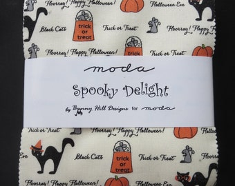 Moda - Spooky Delights Charm Pack