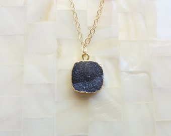Sparkling Gold Edge Black Druzy Drusy Pendant on Gold Chain Necklace (N1710)