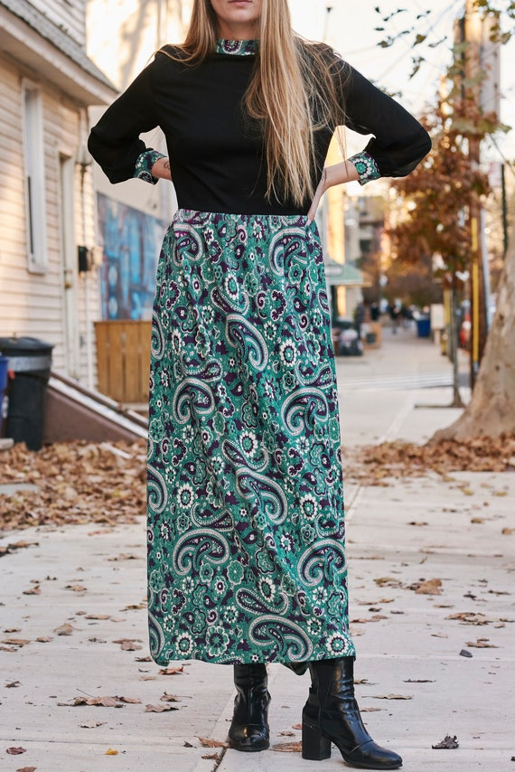1970's Psychedelic Print Maxi Dress with Sheer Sl… - image 2