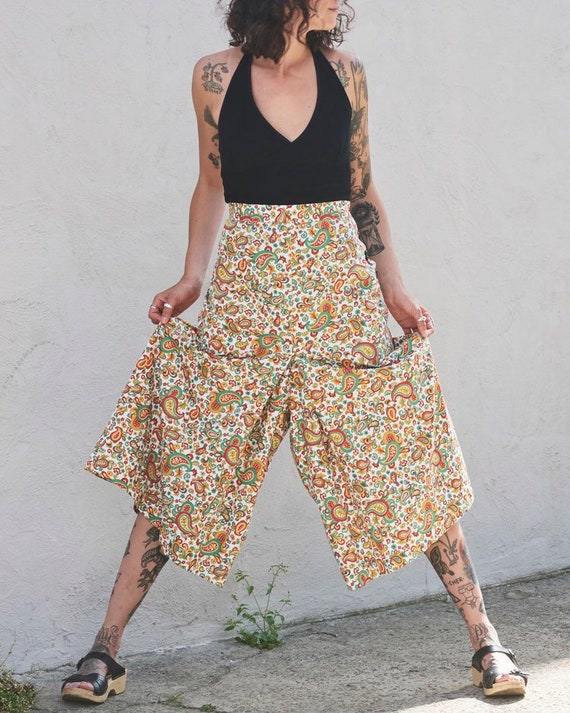 BEAUTIFUL 1940s Floral Culottes
