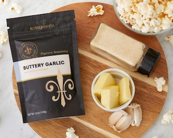 Movie theater butter popcorn with garlic - popcorn toppings for home theater room, gluten free popcorn seasoning blend, fun popcorn kit