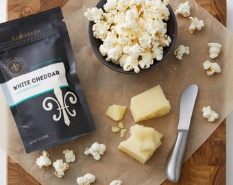 Gourmet popcorn seasoning - gluten free white cheddar cheese popcorn for entertaining at home, poporn topping gift for staff