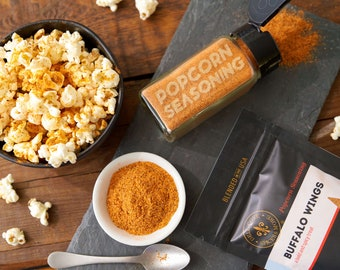 Hot popcorn salt - Buffalo Wings flavored popcorn seasoning powder for your popcorn bowl - comes with popcorn kernels and spice jar