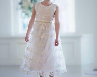 White flower girl dress, Flower girl dresses, Girls lace dress, White lace dress, rustic flower girl dress, toddler dress, white baby dress