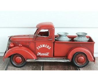 Red Metal Truck, Farmhouse Red Truck, Farm Truck Decor, Vintage Truck Decor, Farmhouse Truck Decor,Farmhouse Decor,Farmhouse Christmas Decor