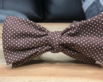 The Enzo- Our coton bow tie in brown pin dot