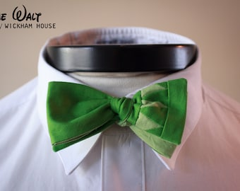 The Walt - Our Disney Inspired bowtie in Muppet colors (Kermit the Frog)
