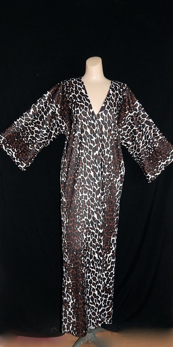 Meow Vintage 60 s leopard print maxi nightgown robe  9e91be7c7
