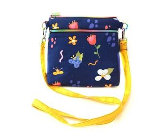 Flora Crossbody Bag / Adjustable Strap