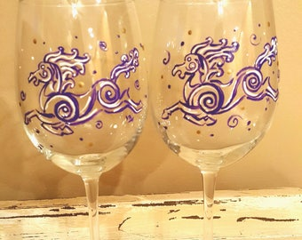 Purple and white swirl horse hand painted wine glasses