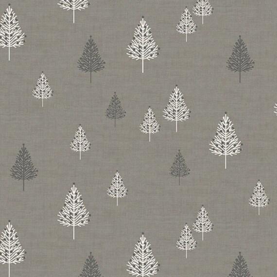 Multiple Sizes 100/% Cotton Dream Makower Fabric Floral Scrolls Grey