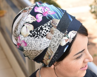 Floral lovely lycra One wrap Mitpachat, wrap around, apron tichel, Jewish head covering, I have attached a Tutorial in the description