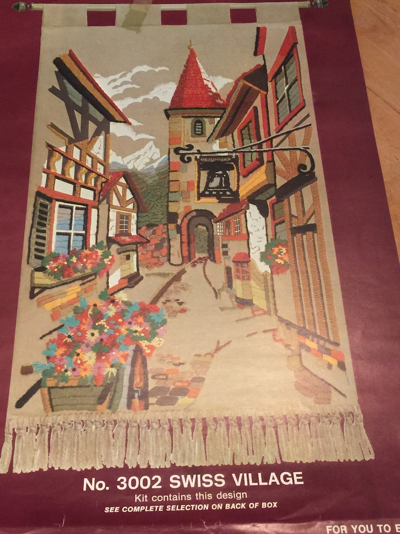 Vintage SWISS VILLAGE crewel tapestry embroidery kit Tudor /& flowers Large 24 x 42 Wallhanging Picture panel 70s Europe General Crafts