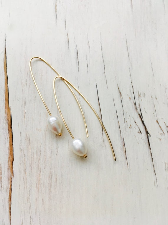 Fresh water pearls, fresh water pearl hoops, retro freshwater pearls, polymerclay earrings, fresh water pearl earrings Olivia