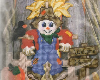 Scarecrow Plastic Canvas Kits Wall Hanging DIY Kit Craft Kit Yarn Craft Kit Fall Craft Kit Harvest Craft Kit Autumn Crafts