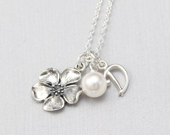 Cottagecore Wedding Jewelry, Personalized Bridesmaids Necklace, Cottage Core Necklace with Flower in Sterling Silver Initial, Nature, Bridal