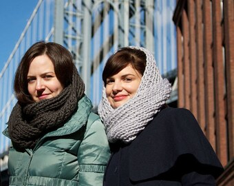 Easy Knitting Pattern - Infinity Scarf Cowl