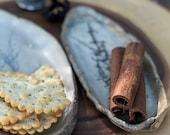 Stoneware cracker tray