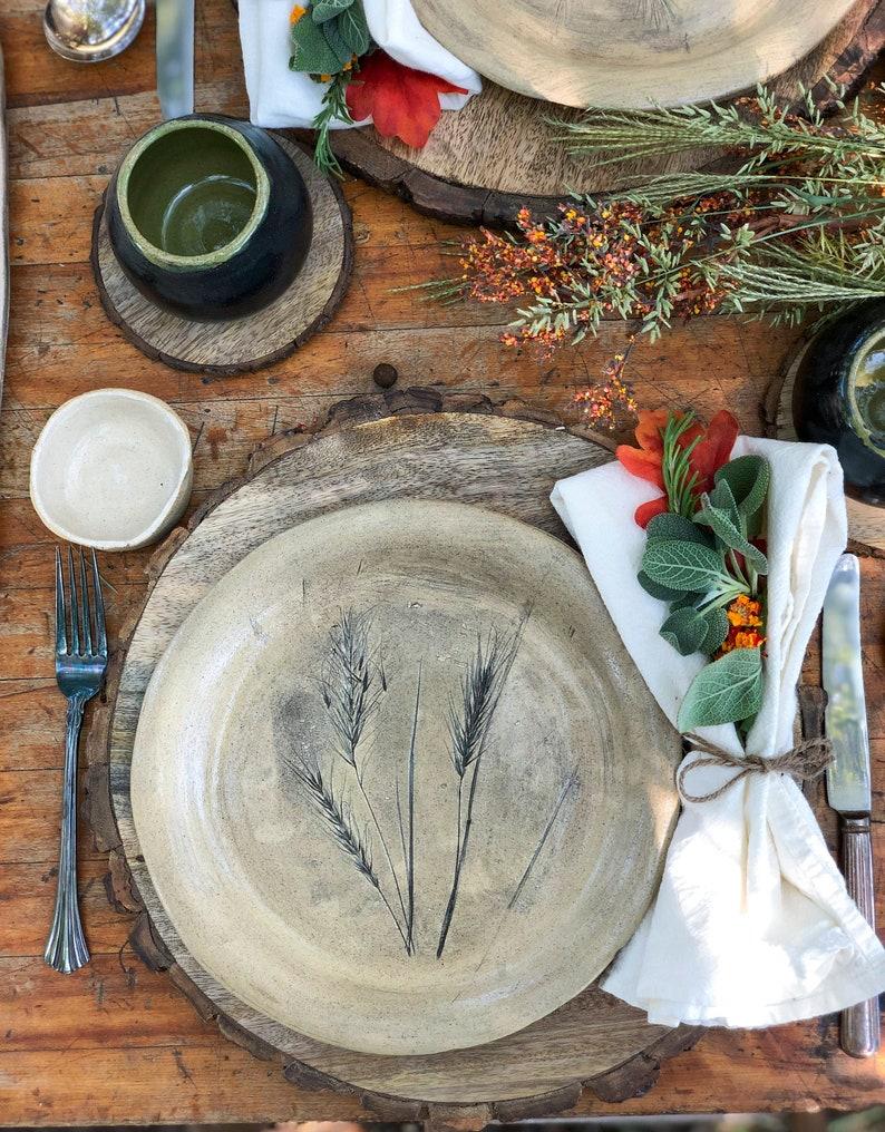 Stoneware plate image 0