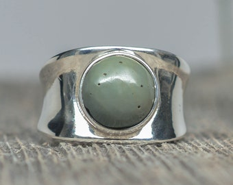 Frankfort Green Ring - Sterling Silver - Size 7 1/2