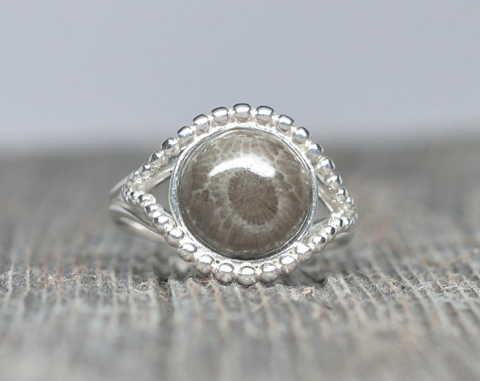 Petoskey Stone Ring - Sterling Silver - 10mm Round - Size 7