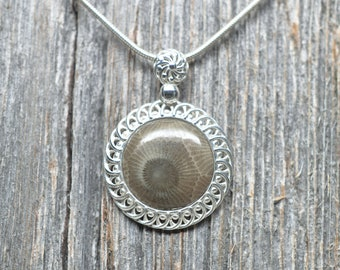 Petoskey Stone Pendant - Sterling Silver - 10mm Stone