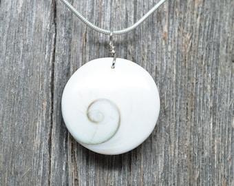 Shiva Shell Pendant - Circle