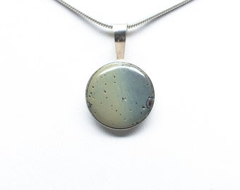 Frankfort Green Pendant - Sterling Silver - 16mm Round