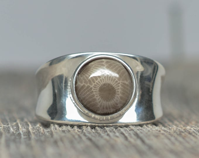 Petoskey Stone Ring - Sterling Silver - Round - Size 10