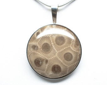 Sterling Silver Petoskey Stone 30mm Round Pendant