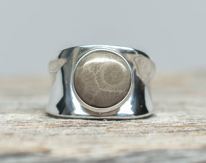 Petoskey Stone Ring - Sterling Silver - Round - Size 7