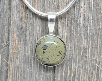 Frankfort Green Pendant - Sterling Silver - 12mm Round