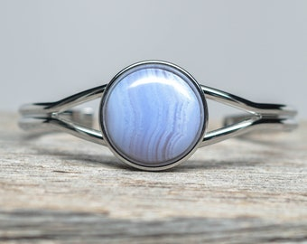 Blue Lace Agate Bracelet - Silver Plated - 20mm Round