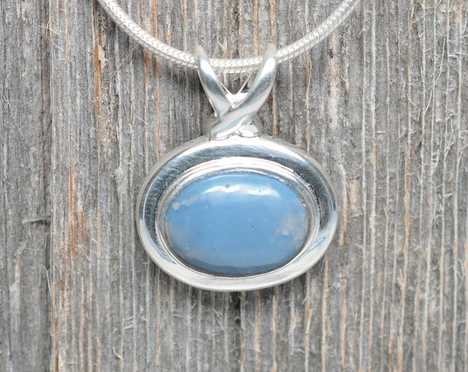 Leland Blue Pendant - Sterling Silver - 14mm x 10mm Oval
