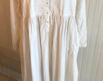 6de7d0309d Vintage Damask Englan Romantic White Cotton Lawn Long Sleeve Pin Tuck Front  Nightgown Size S -Damask Victorian white cotton nightgown