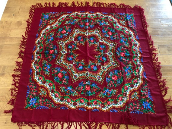 Vintage Pavlovo Posad Russian Floral Wool Extra La