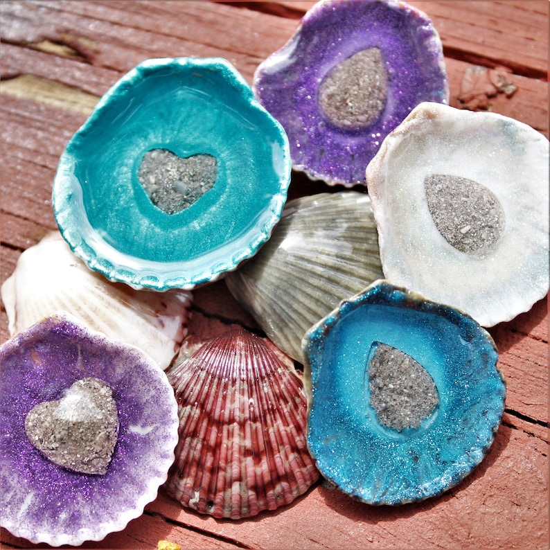 Memory stone Touchstone Pet Urn Memorial Stones Jewelry Cremate Jewelry Cremation Stones for Ashes or Hair Seashell Cremation Memorial