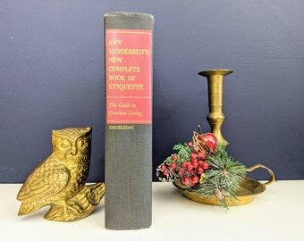 Vintage 1967 Amy Vanderbilt's New Complete Book of Etiquette in hardback no dustjacket