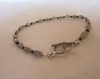 Labradorite Cats Eye Tourmaline Gemstone Bracelet - 8 Inches - Dainty Gray