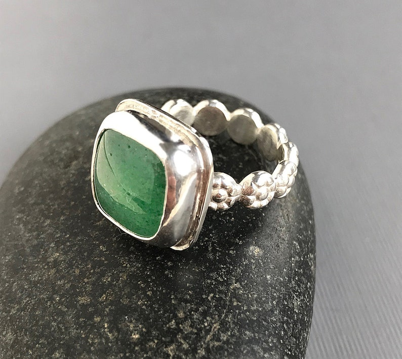 Aventurine and Sterling Silver Floral Motif Band Ring Pretty Statement Ring One of a Kind Square Gemstone Modern Design