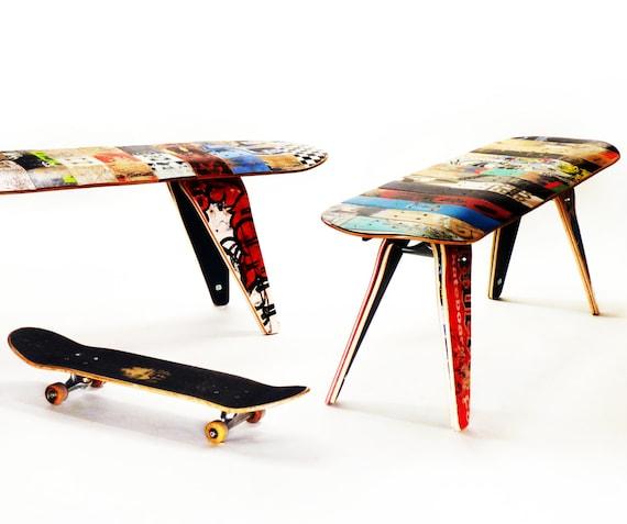 Skateboard Bank 60 Drei Sitzer. Moderne Recycling