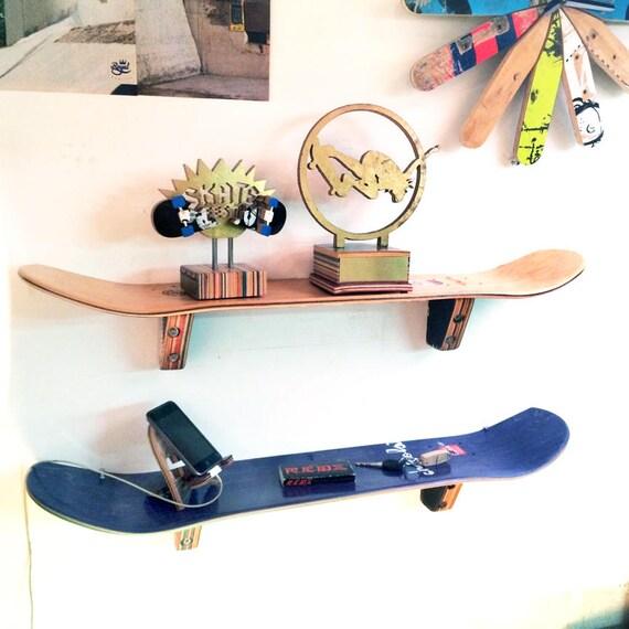 Skateboard Wandregal   Set (2) Zwei   SkateShelf, Hergestellt Aus  Recyceltem Skateboards Von Deckstool. Skateboard Teen Wand Schlafzimmer.